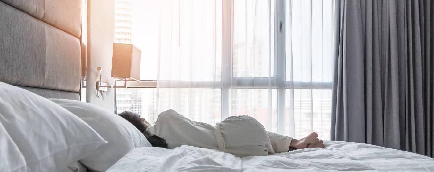 la corretta direzione della testa nel sonno